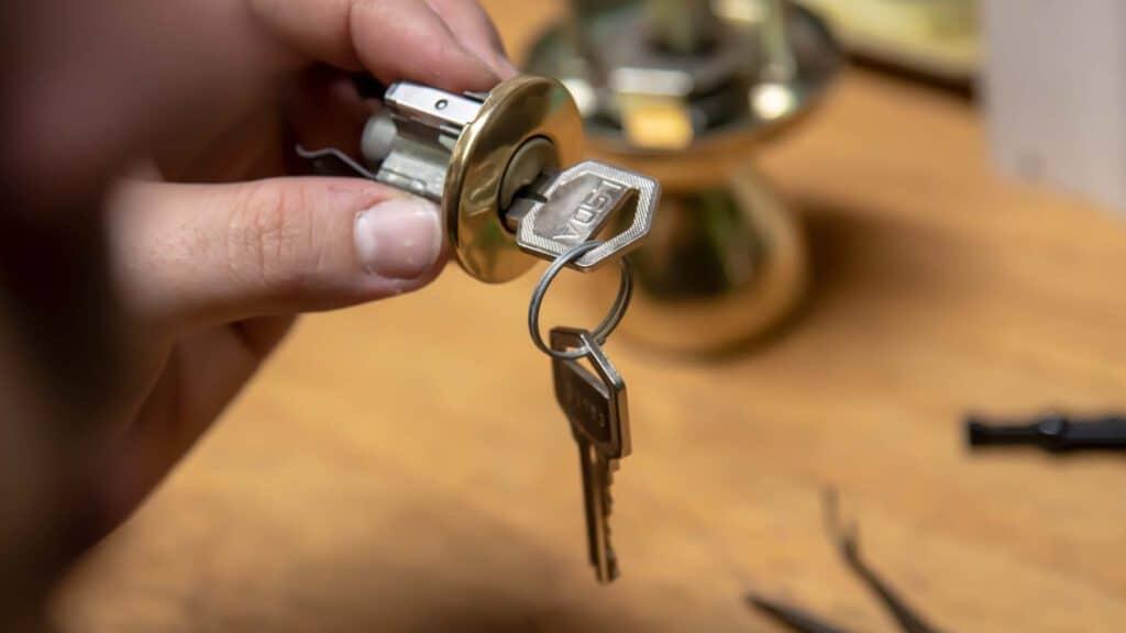 Residential locksmith toronto, the problem solver.